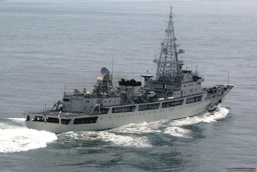Una nave spia della Cina entra nelle acque territoriali delGiappone